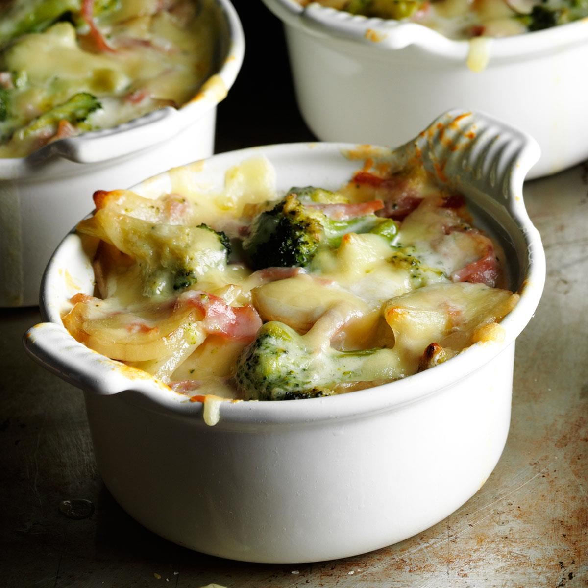 Broccoli Scalloped Potatoes Recipe How To Make It Taste Of Home