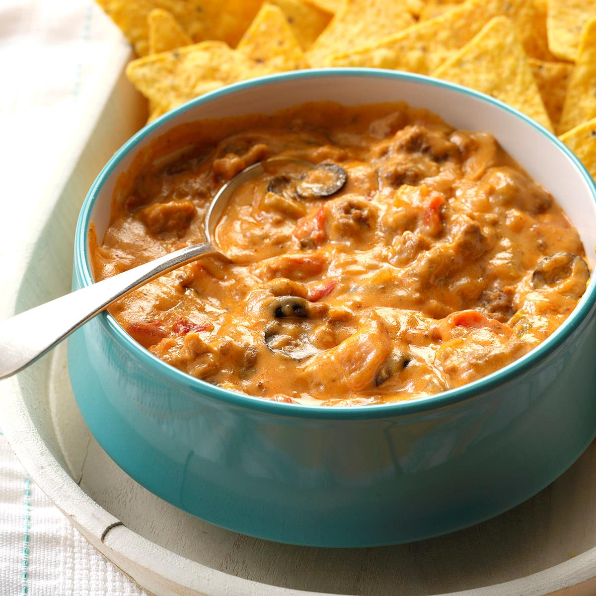 Cheesy Beef Taco Dip Recipe How To Make It Taste Of Home