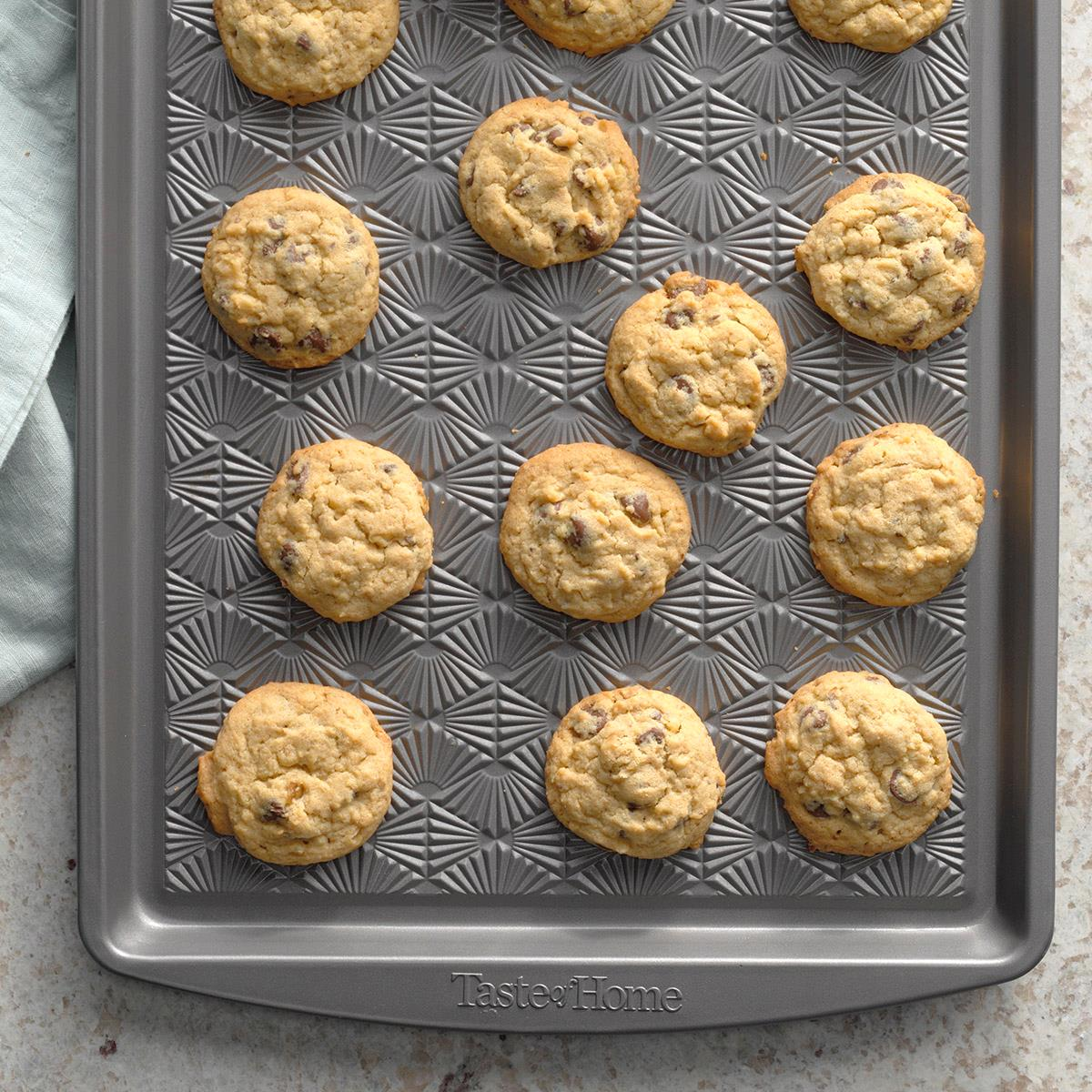 Chewy Chocolate Chip Cookies image