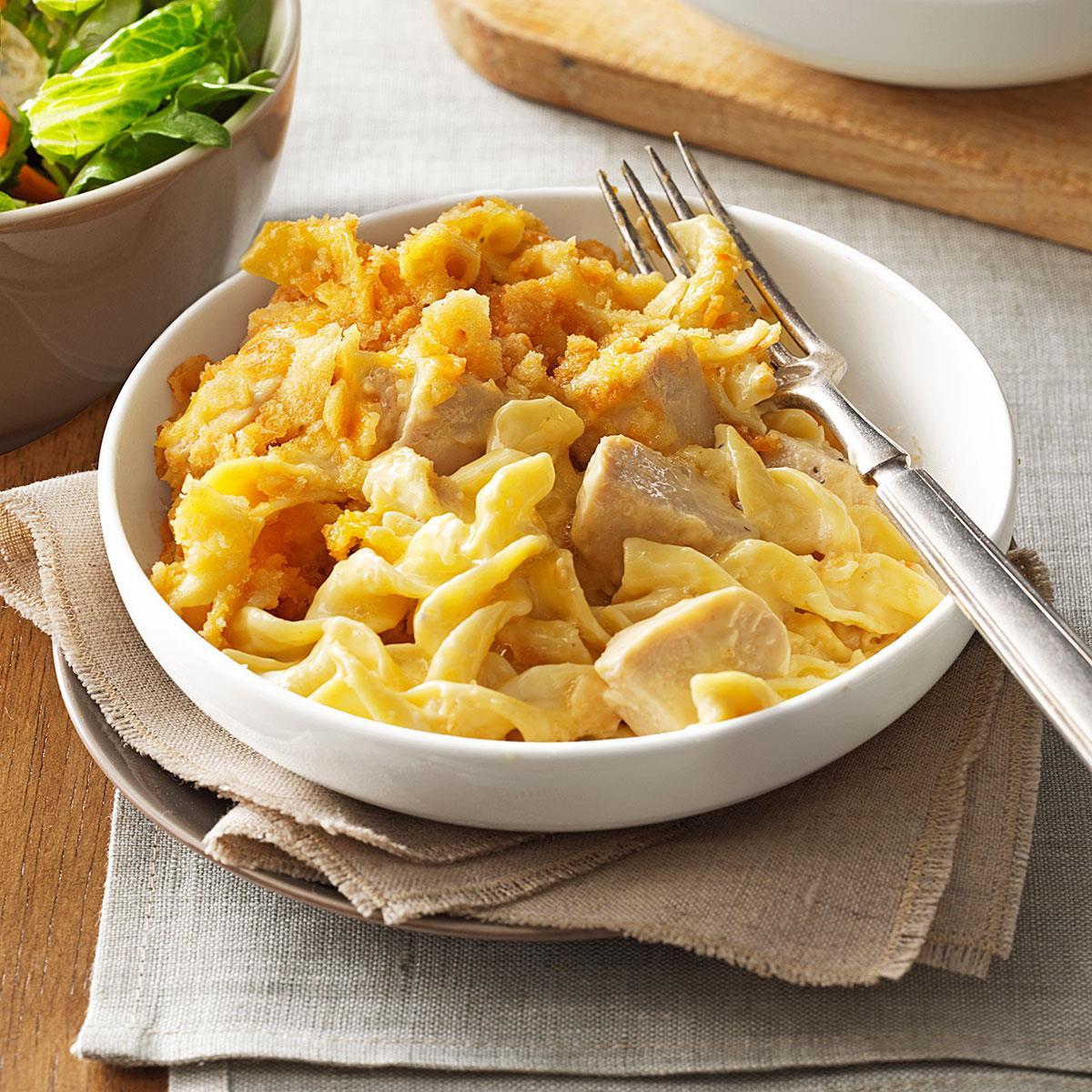 Best Chicken & Egg Noodle Casserole