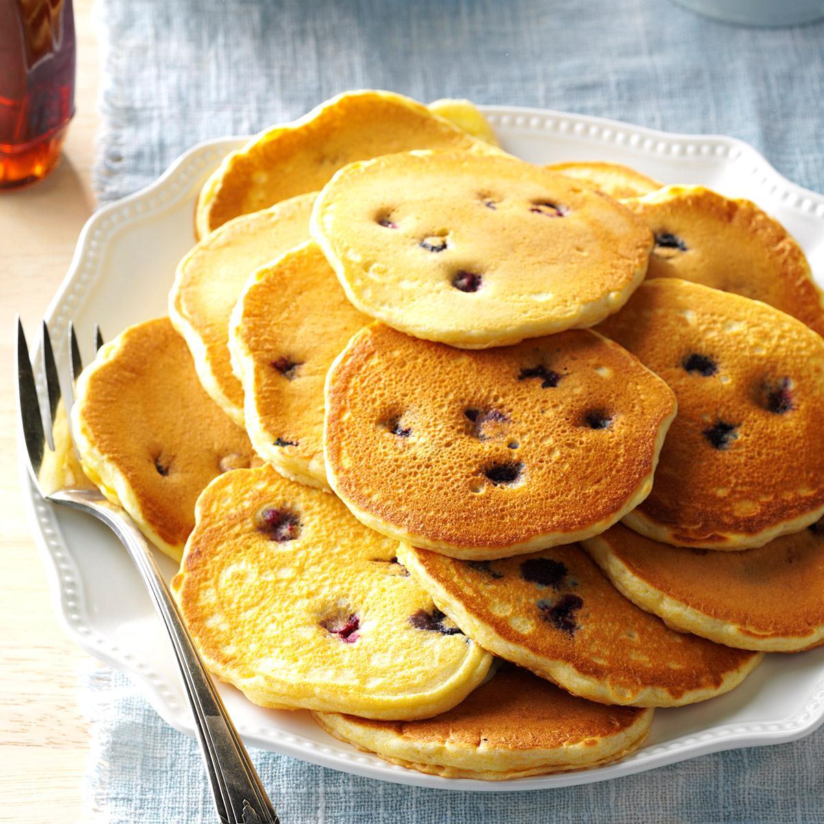 Cornmeal Pancakes_image