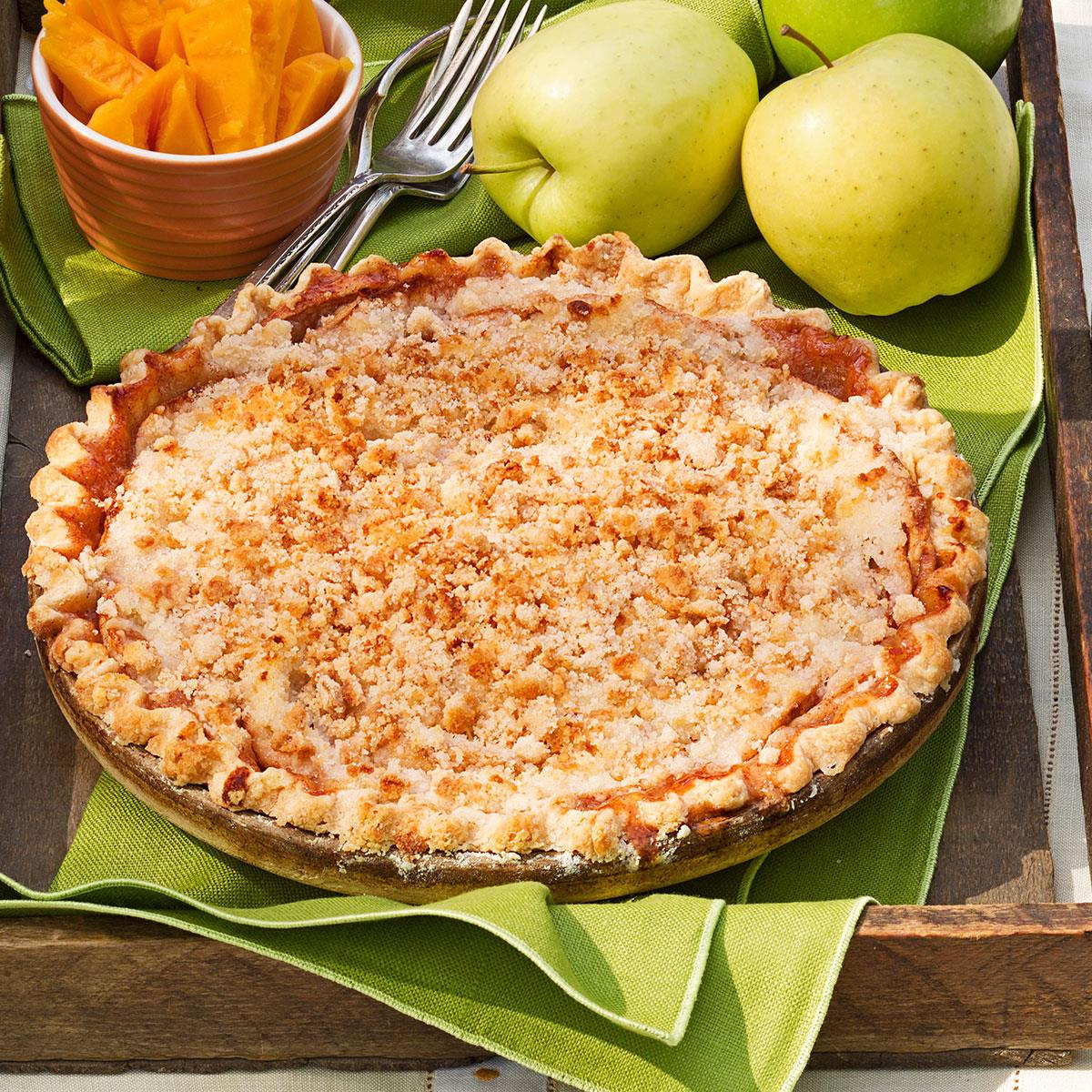 Crumb Topped Apple Pie_image