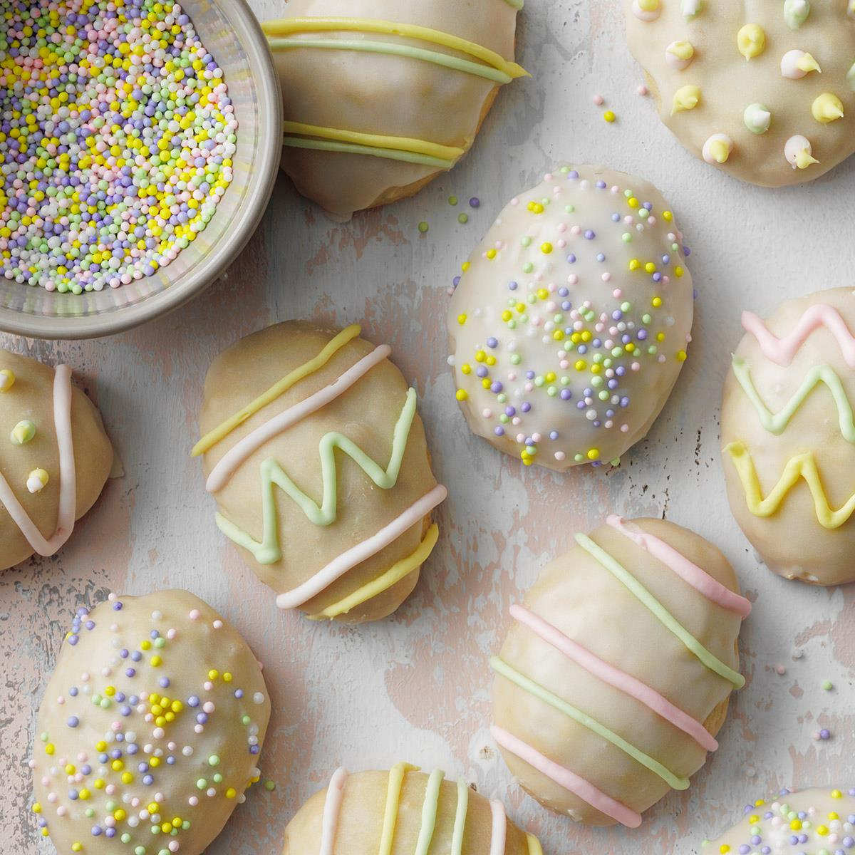 Easter Egg Cookies EXPS DIYD20 4565 E02 04 1b