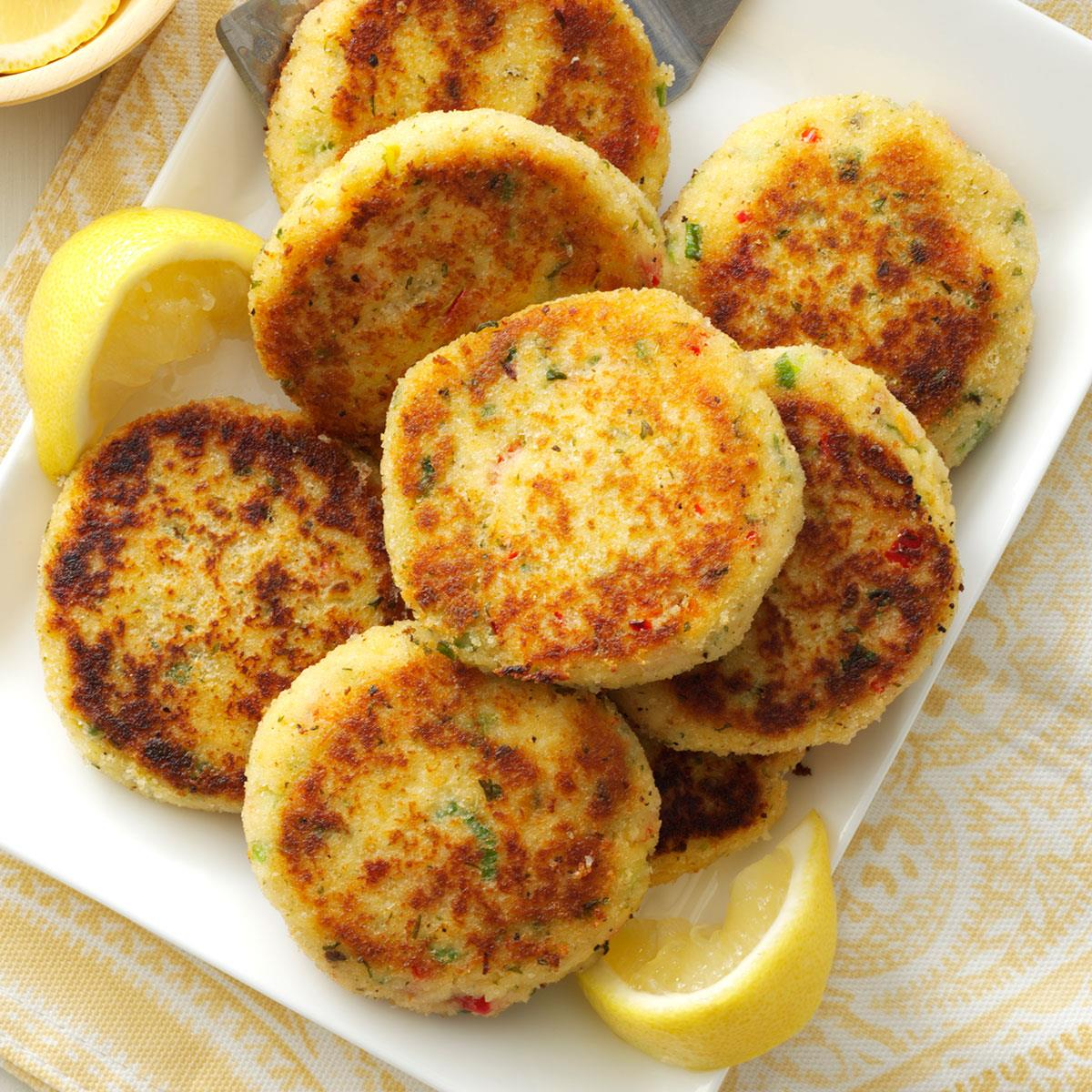 Easy Crab Cakes_image
