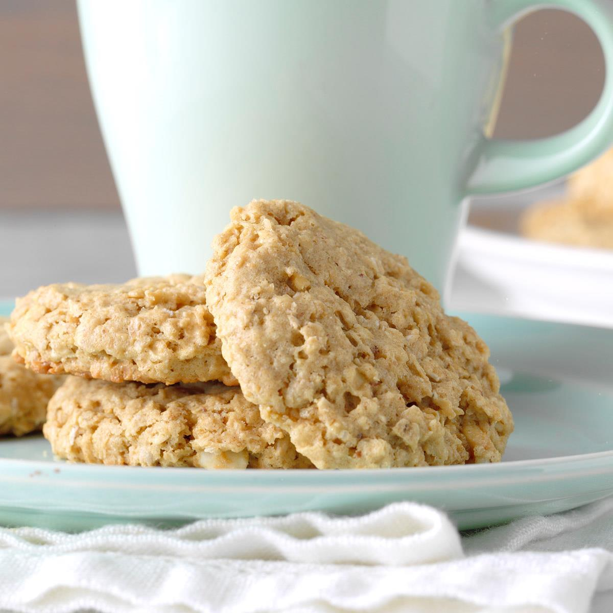 Easy Peanut Butter Oatmeal Cookies Recipe With Video How To Make It Taste Of Home