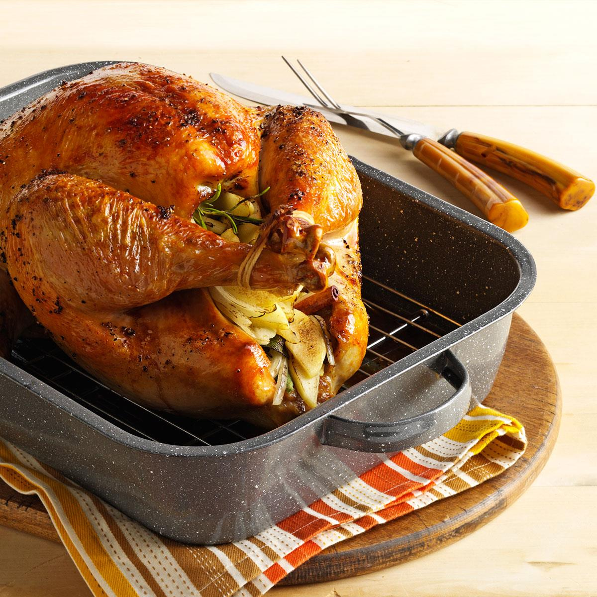 Golden Roasted Turkey Recipe How To Make It Taste Of Home