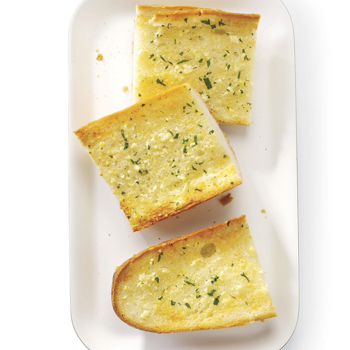 Great Garlic Bread Recipe How To Make It Taste Of Home