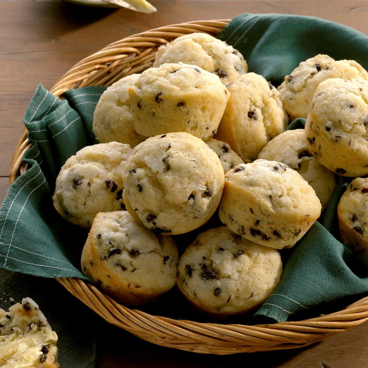 Irish Soda Bread Muffins Exps Tohfm19 32056 B09 24 5b 5