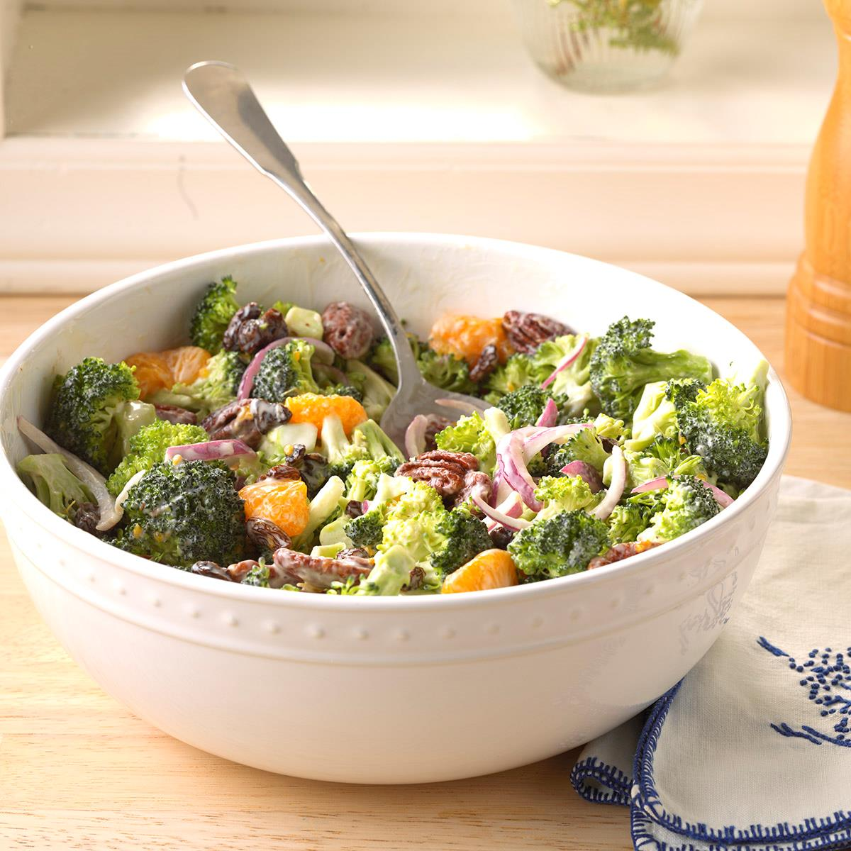 Mandarin Broccoli Salad Recipe How To Make It Taste Of Home