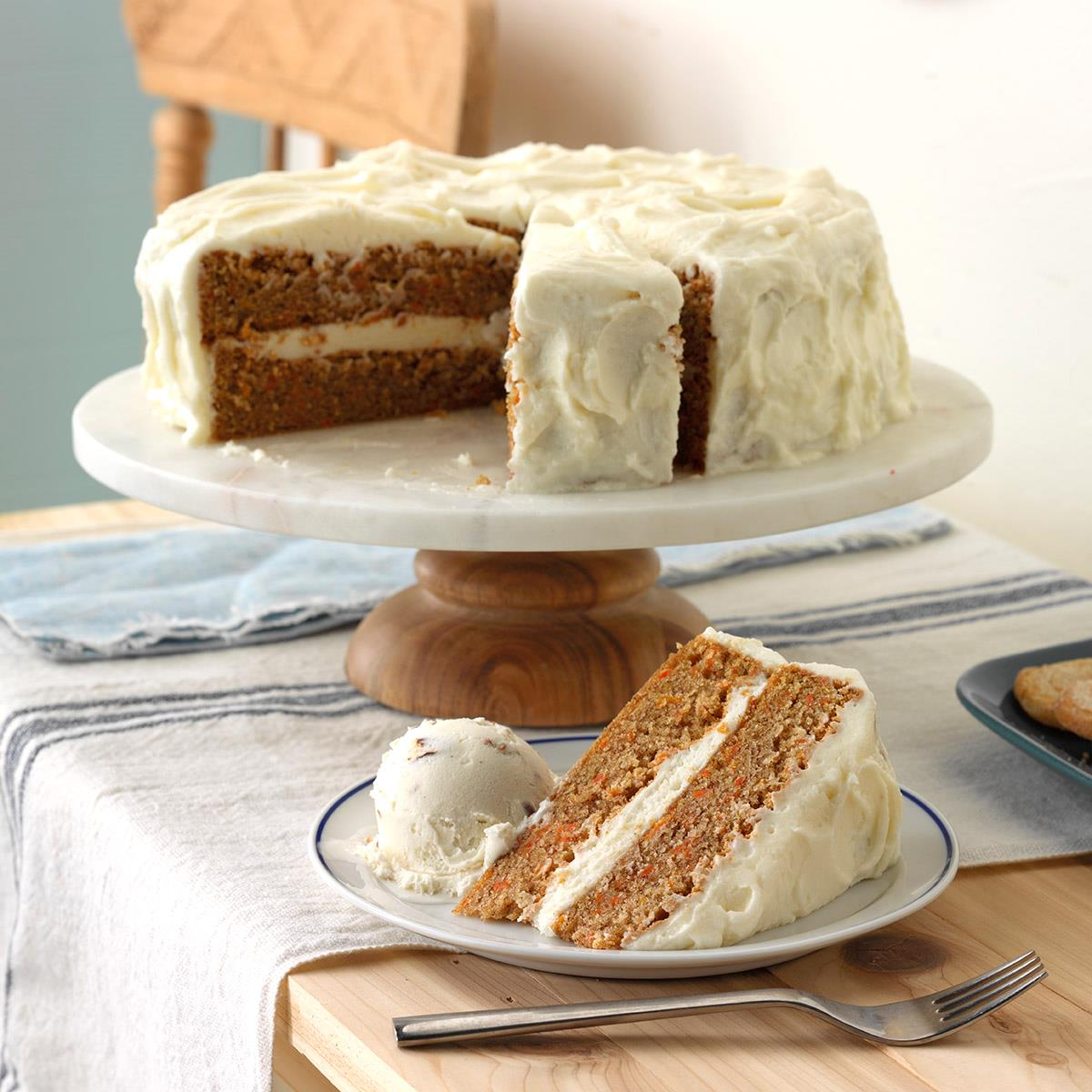 Old-Fashioned Carrot Cake with Cream Cheese Frosting_image