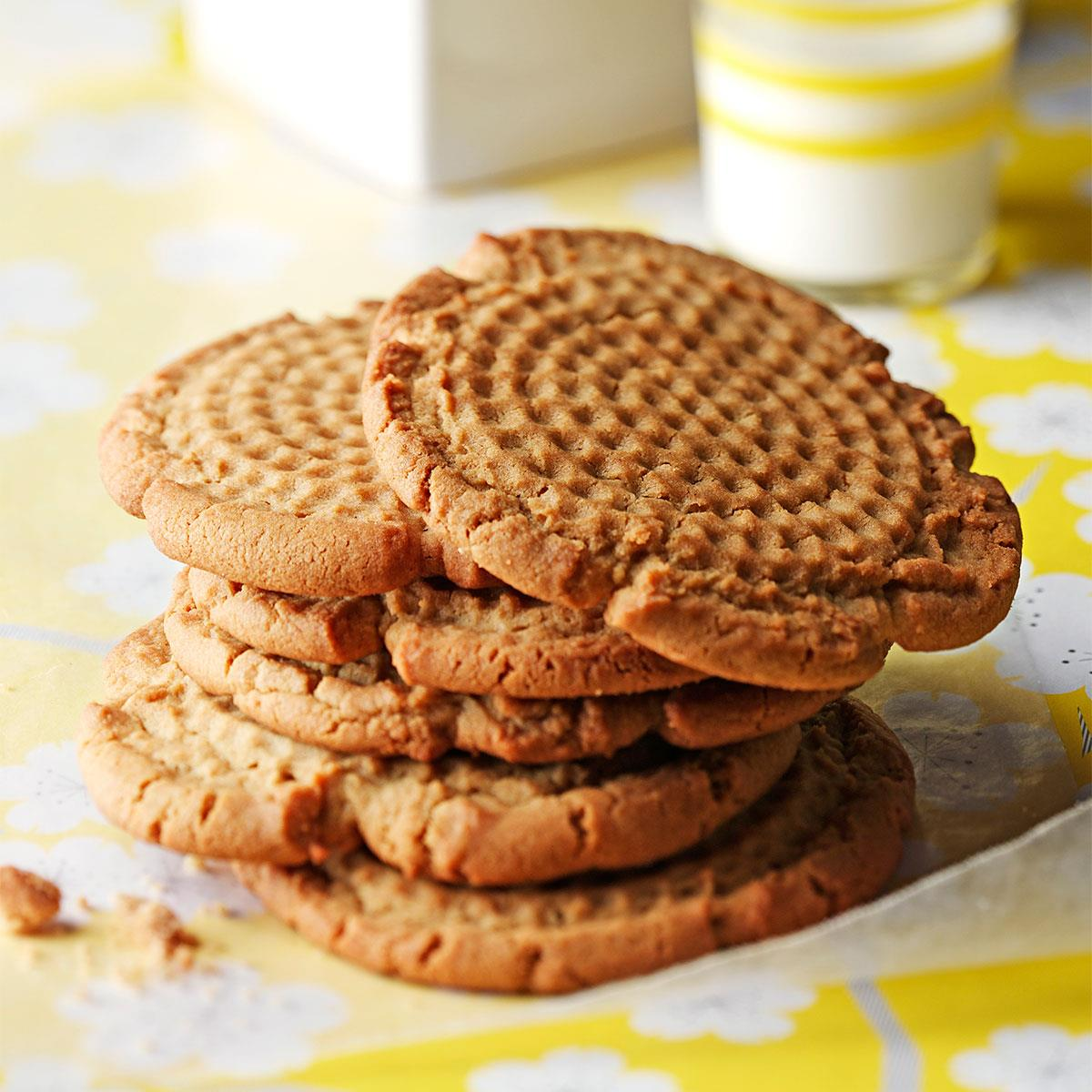 Old Fashioned Peanut Butter Cookies Recipe How To Make It Taste Of Home