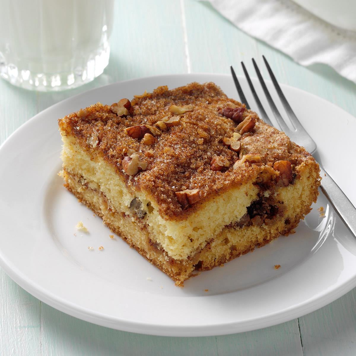 Sour Cream Streusel Coffee Cake Recipe How To Make It Taste Of Home