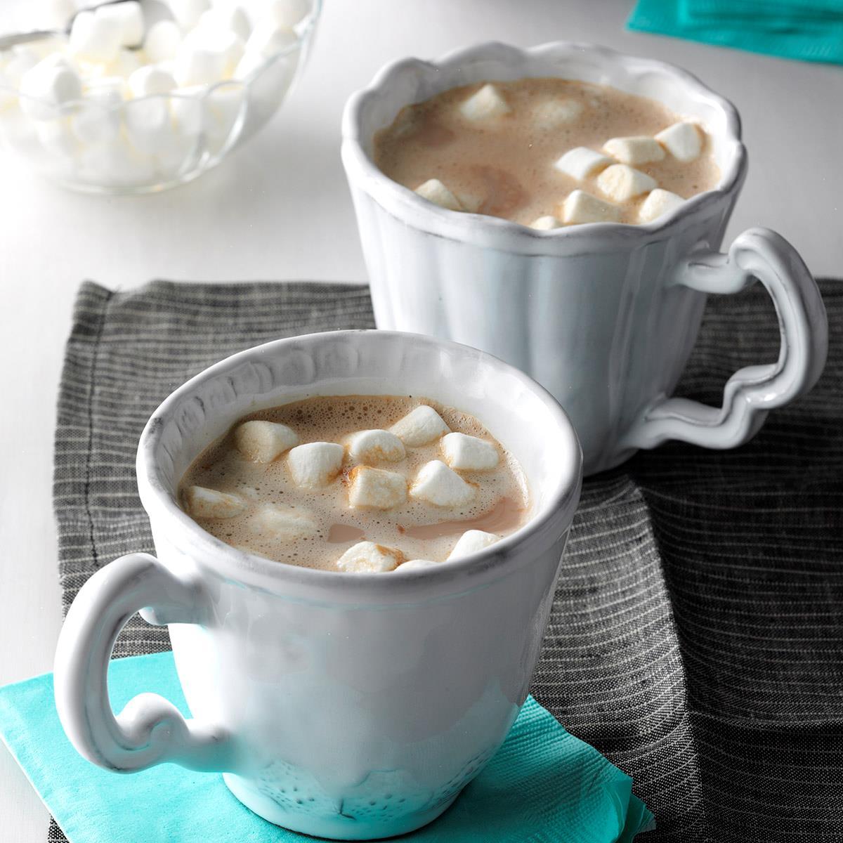 Vanilla Almond Hot Cocoa image