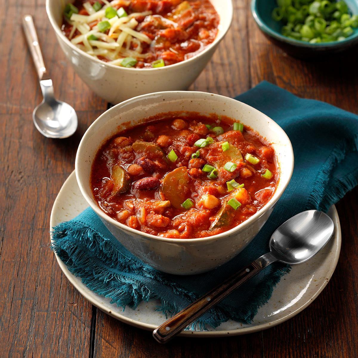 Zippy Vegetarian Chili Recipe How To Make It Taste Of Home