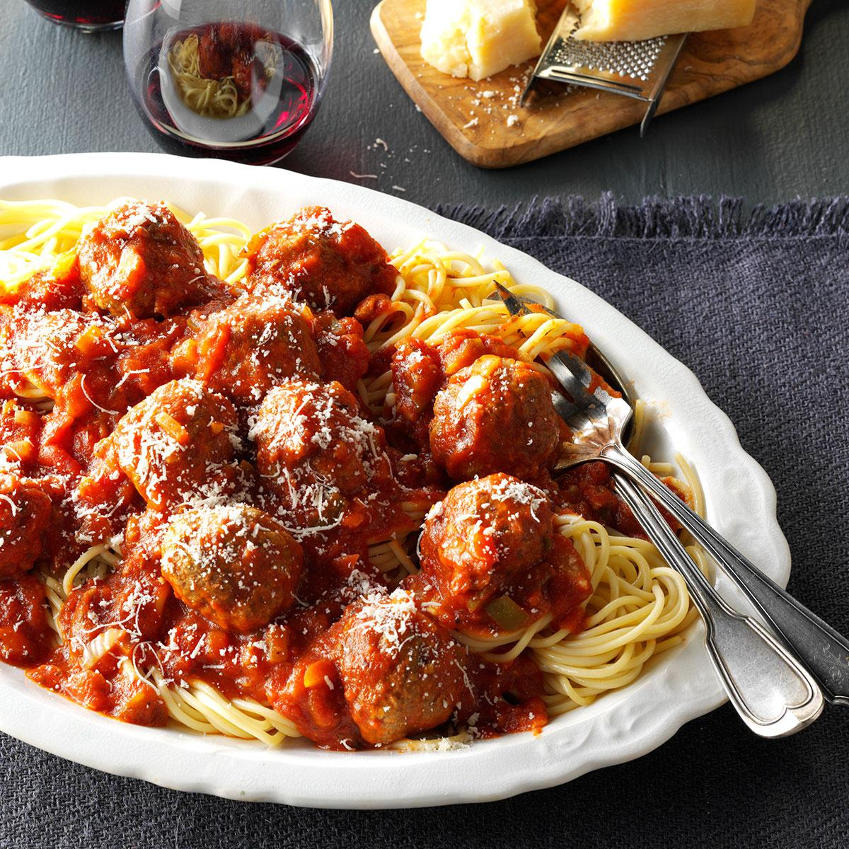 Slow-Cooker Spaghetti & Meatballs image