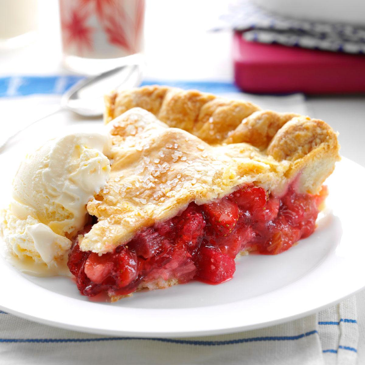 Winning Rhubarb Strawberry Pie Recipe How To Make It Taste Of Home