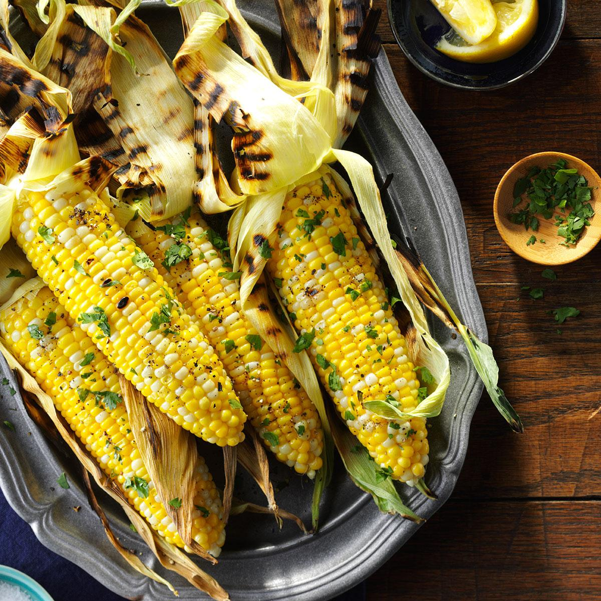 Basil Grilled Corn on the Cob_image