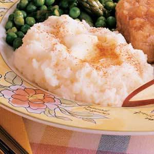 Creamy Garlic Mashed Potatoes image