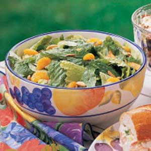 Romaine with Oranges and Almonds_image