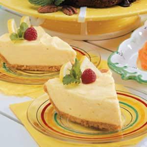 Creamy Lemonade Pie image