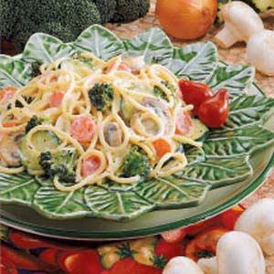 Creamy Garden Spaghetti image