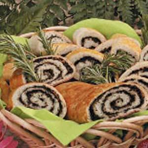 Olive Pinwheel Bread image