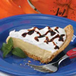 Reduced Fat Peanut Butter Pie Recipe How To Make It Taste Of Home