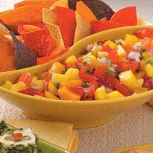 Fresh Peach Mango Salsa_image