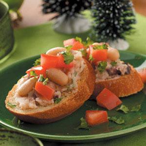 White Bean 'n' Olive Toasts