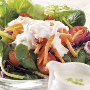 Creamy Garlic Salad Dressing_image