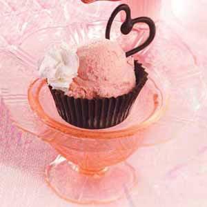 Strawberry Sundae Cups