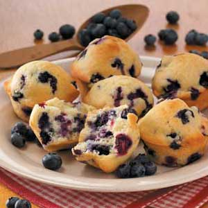 Old-Fashioned Blueberry Muffins_image