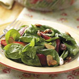 Berry-Spinach Salad with Almonds