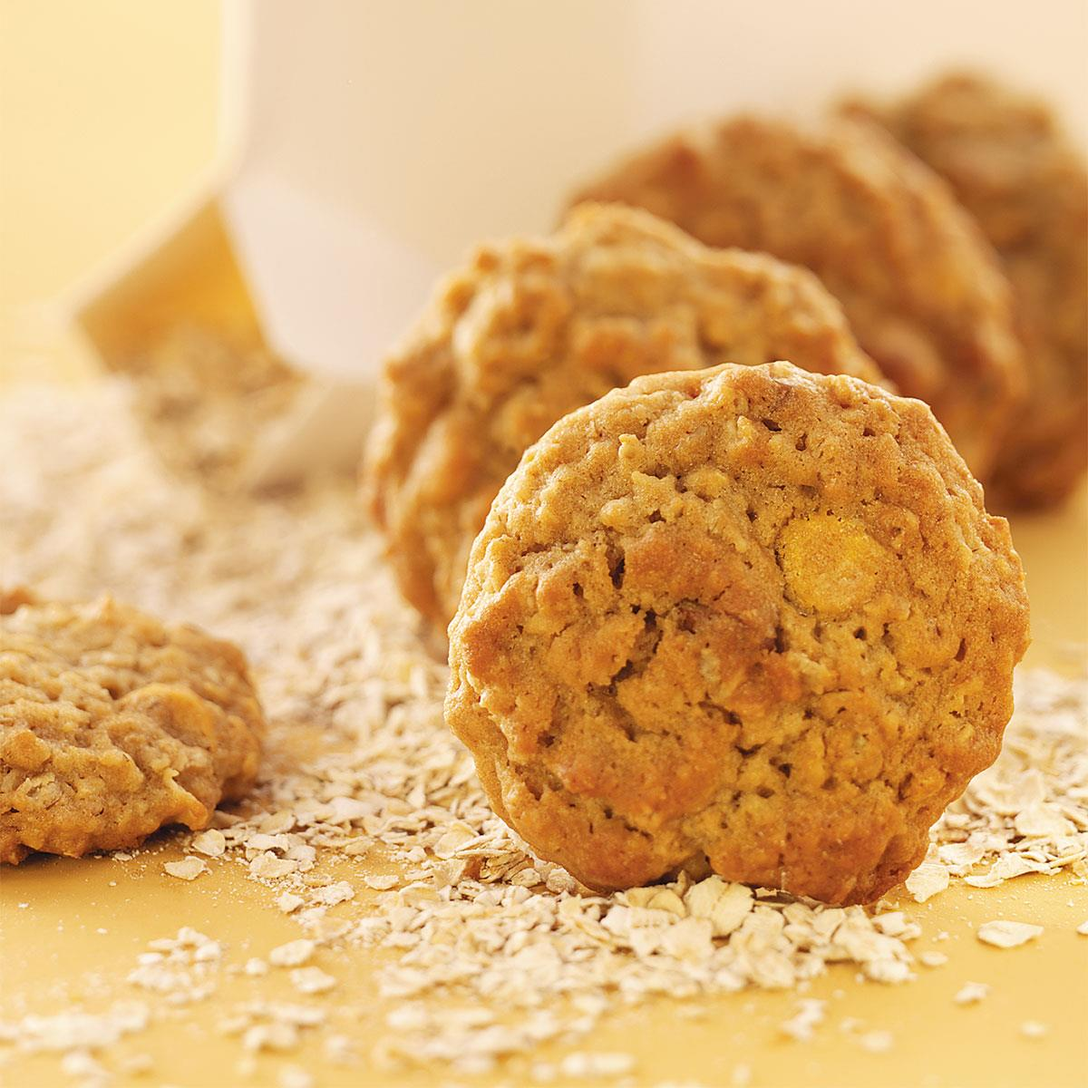 Colossal Batch of Oatmeal Cookies Recipe | Taste of Home