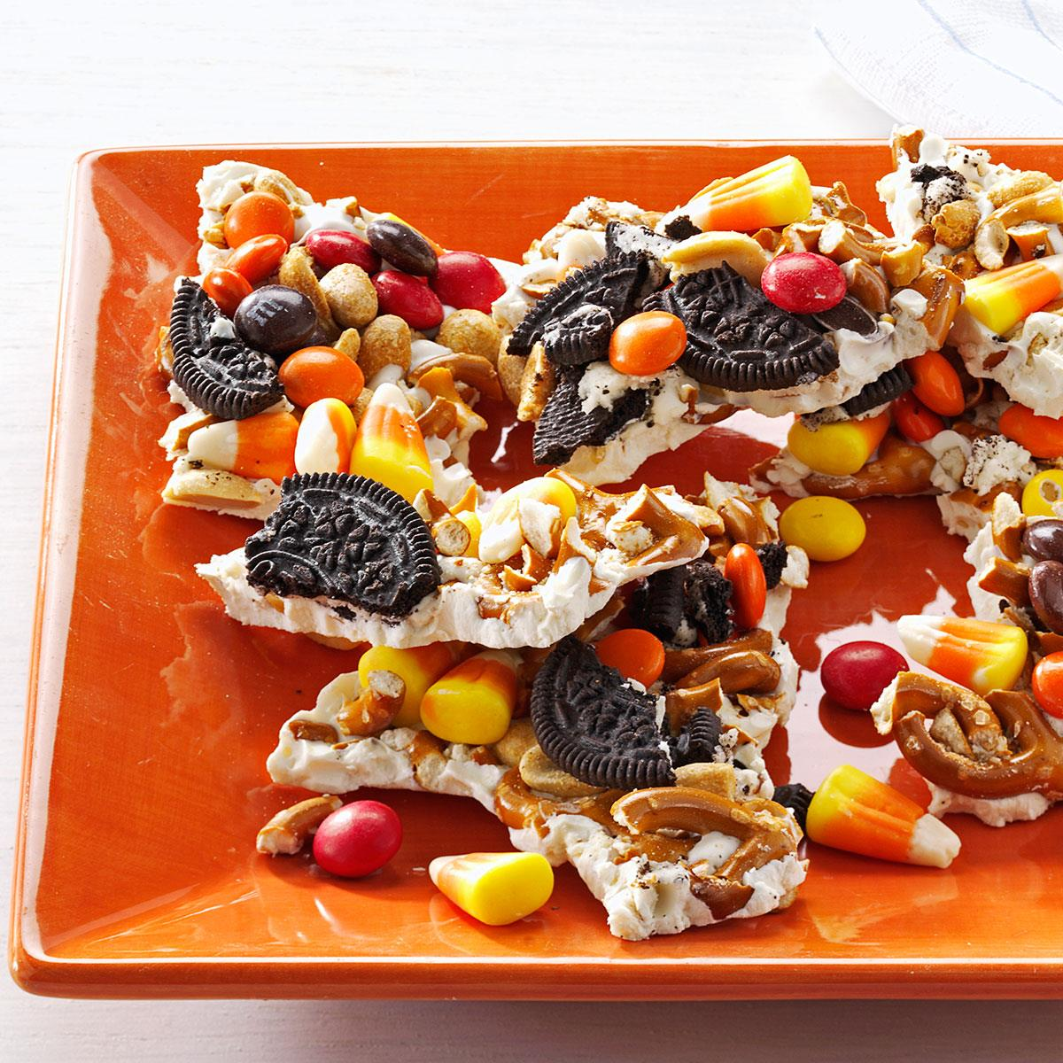halloween candy bark recipe | taste of home