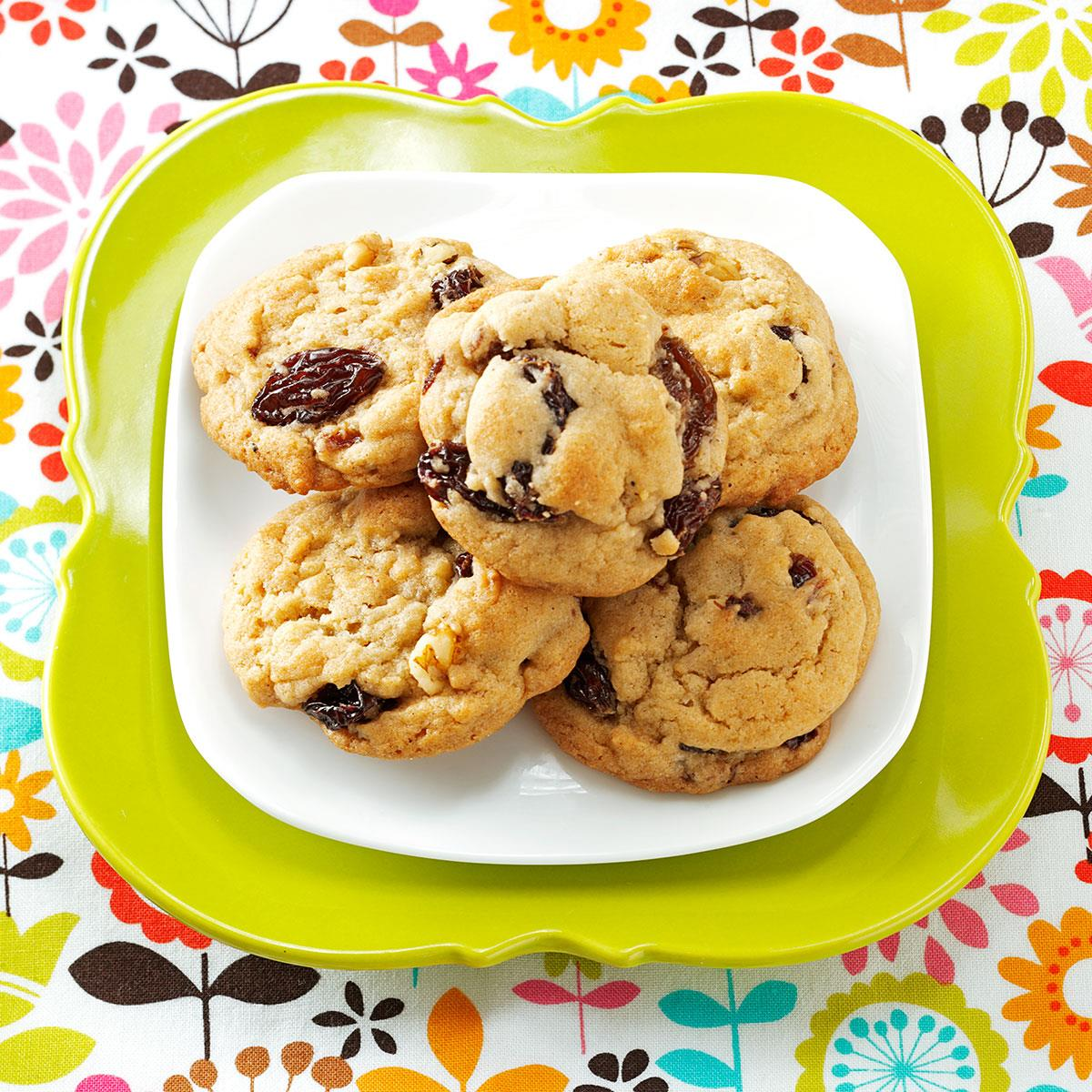 Moms soft raisin cookies taste of home forumfinder Choice Image