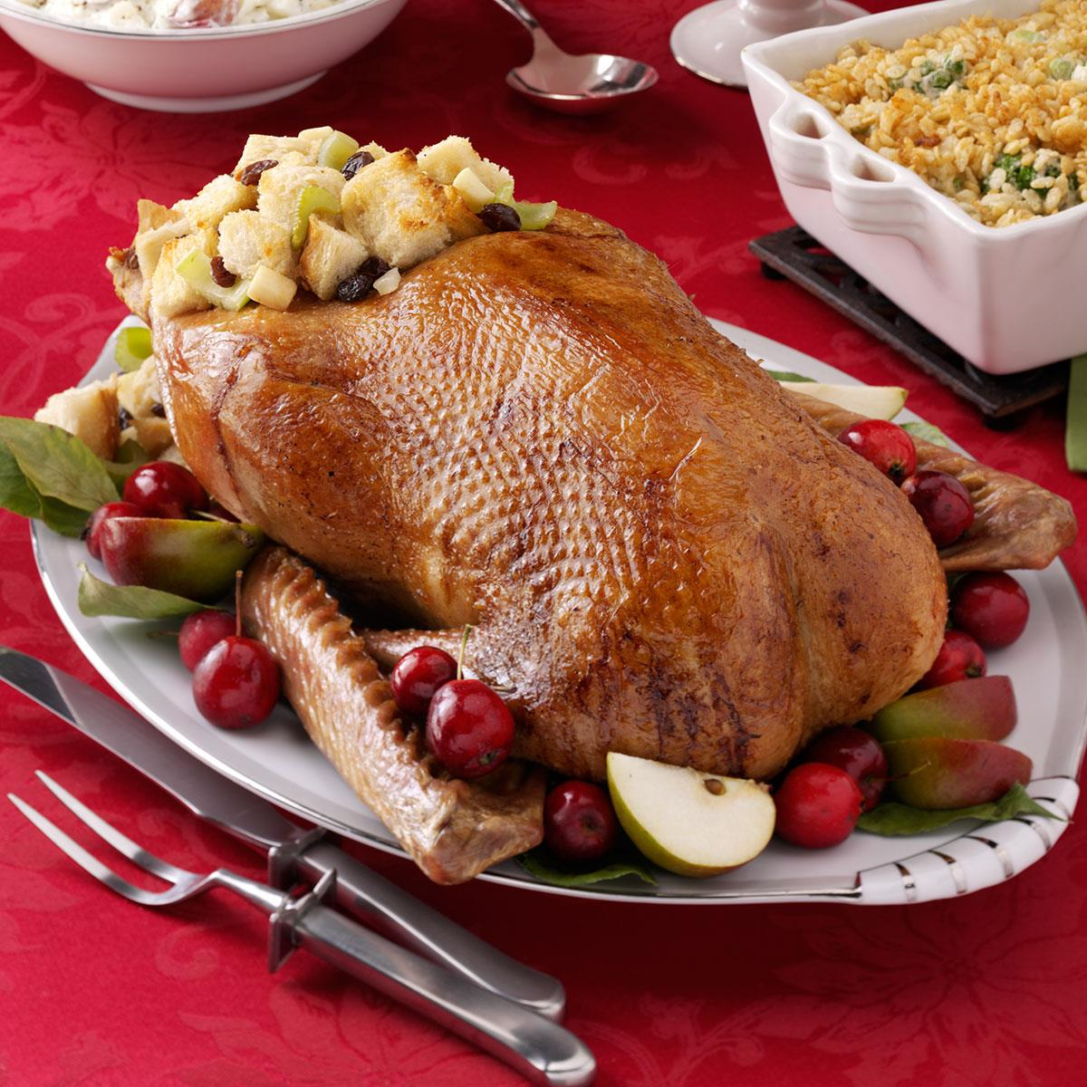 Stuffed Goose. Baked goose with apples and buckwheat in the oven 6