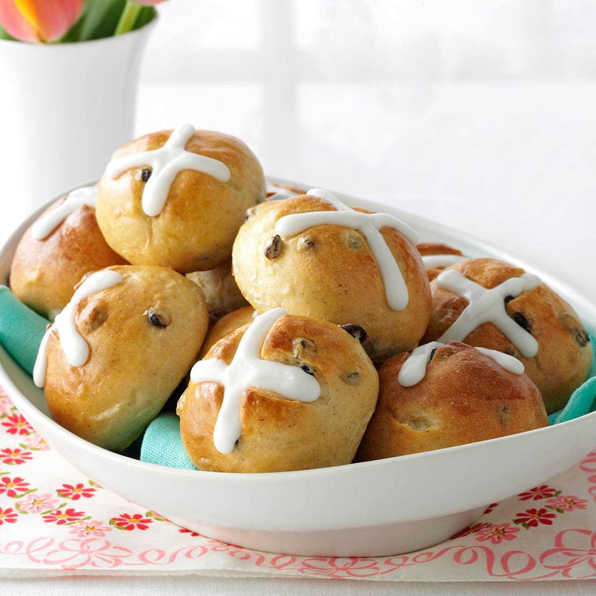 Traditional hot cross buns recipe taste of home forumfinder Image collections