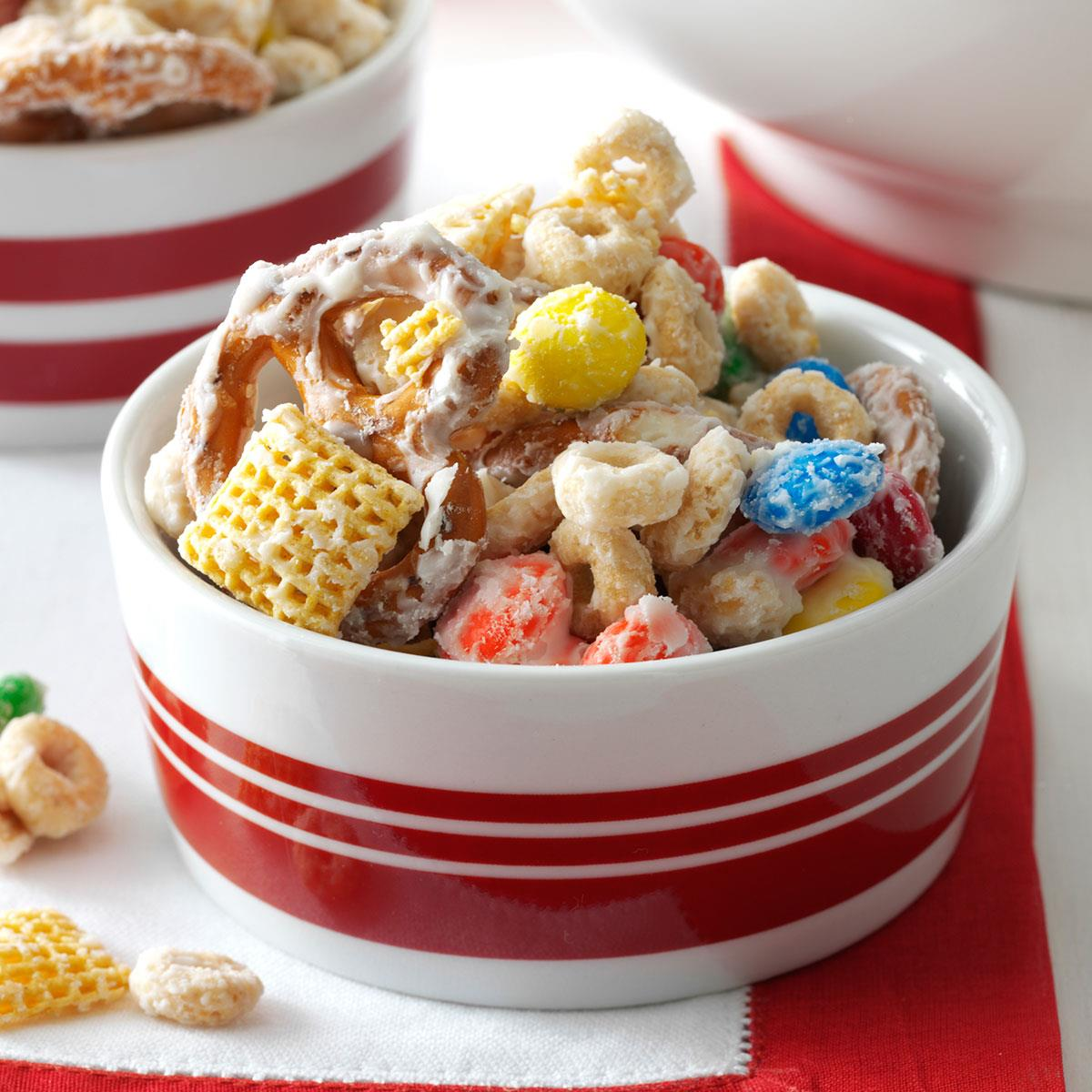Chex Mix Christmas.White Chocolate Party Mix