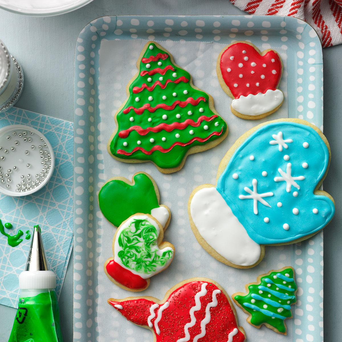 holiday cutout cookies recipe taste of home - How To Decorate Christmas Cookies With Royal Icing