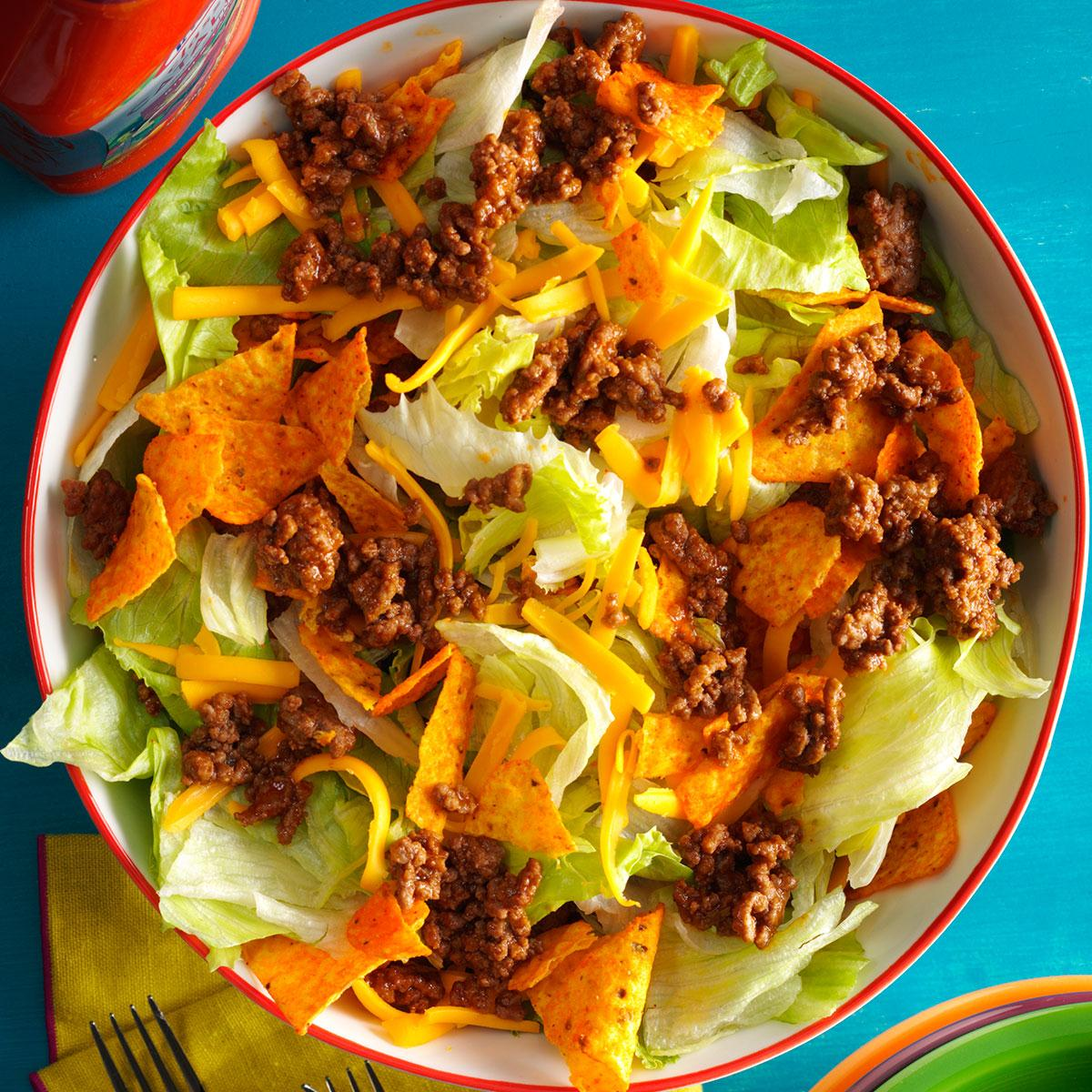 Easy ground beef taco salad recipe taste of home forumfinder