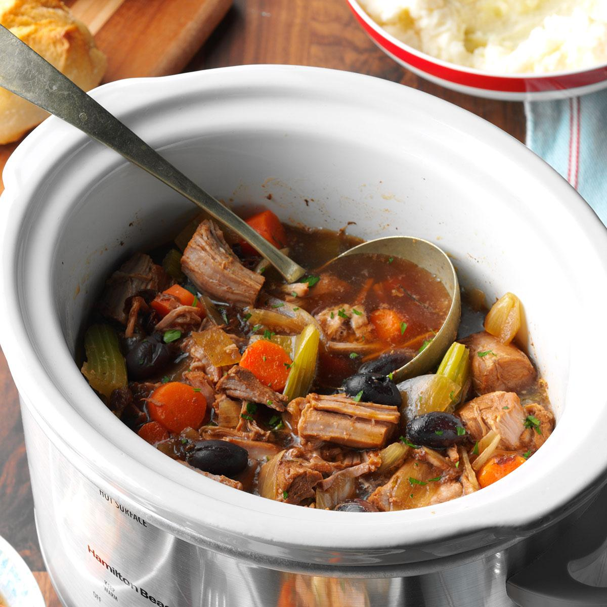 Recipes for cooking excellent stew potatoes in a slow cooker