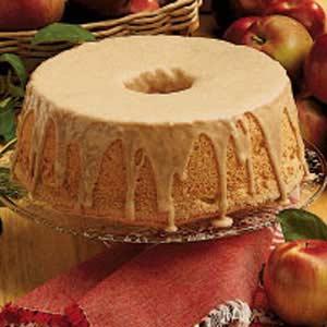 Cinnamon apple angel food cake recipe taste of home forumfinder Images