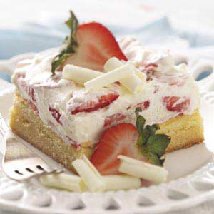 White chocolate berry dessert recipe taste of home forumfinder Images