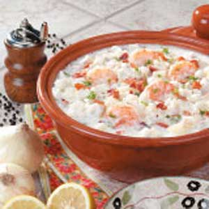 Hearty new england seafood chowder taste of home forumfinder Images